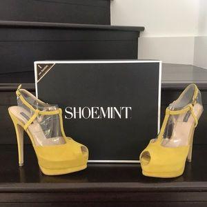NIB SHOEMINT Mia heels